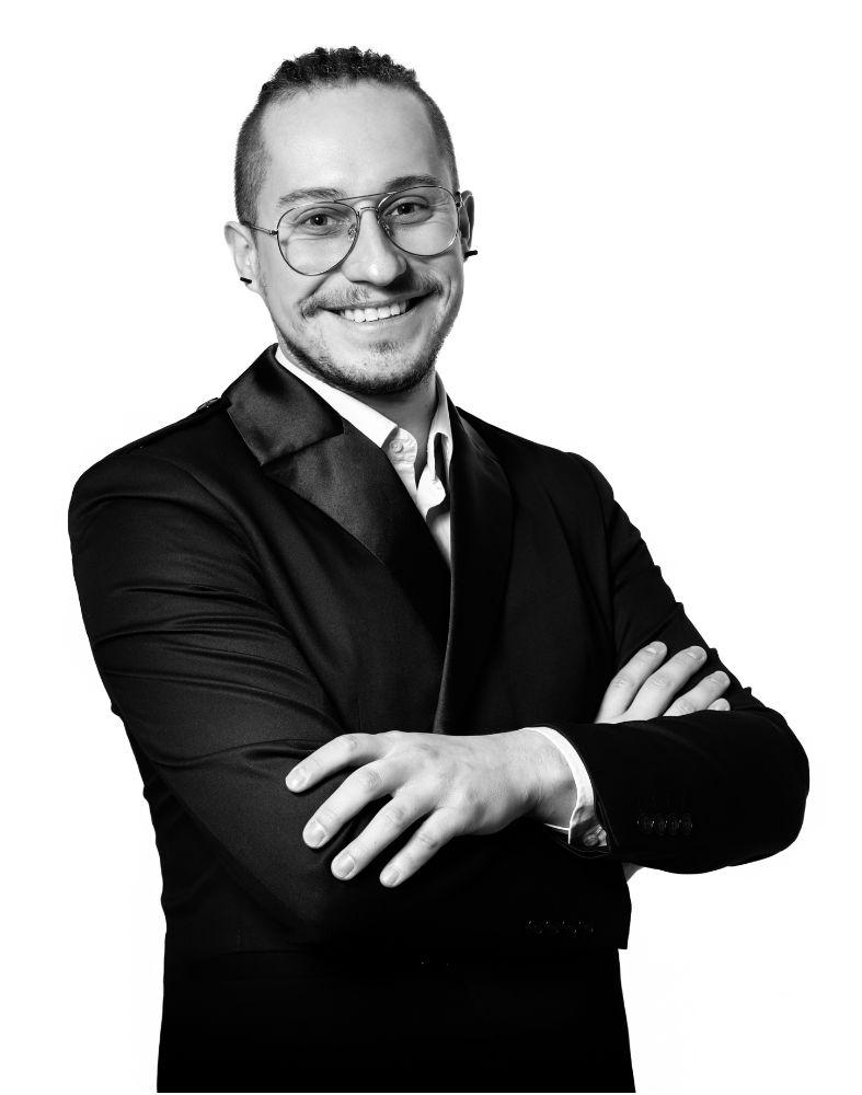 Bartosz Biazik szkoła kreowania wizerunku
